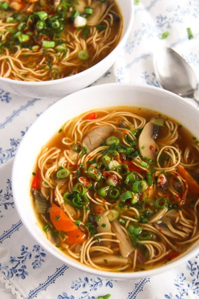 mushroom noodle soup 1 Quick and Spicy Mushroom Egg Noodle Soup