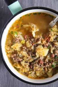 %name German Savoy Cabbage Soup with Ground Meat and Potatoes