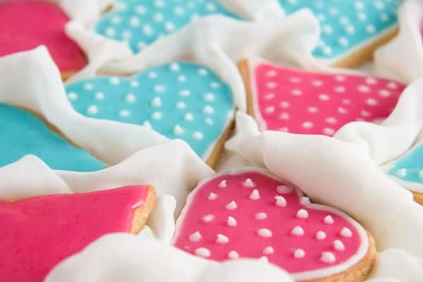 heart cookies 5 Easy Heart Shaped Butter Cookies with Flood Icing