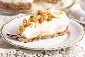 %name No Bake Banana Caramel Cream Pie with Candied Walnuts