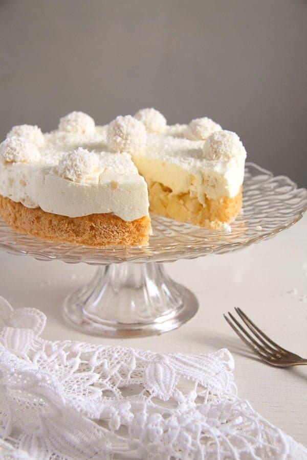 raffello coconut cake 7 Easy Pineapple Coconut Cream Cake with Raffaello