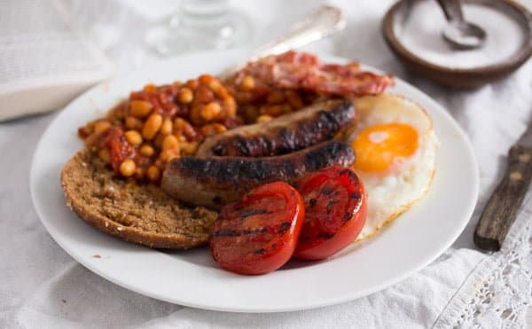 english breakfast 7 Full English Breakfast – English Food – with Baked Beans Recipe