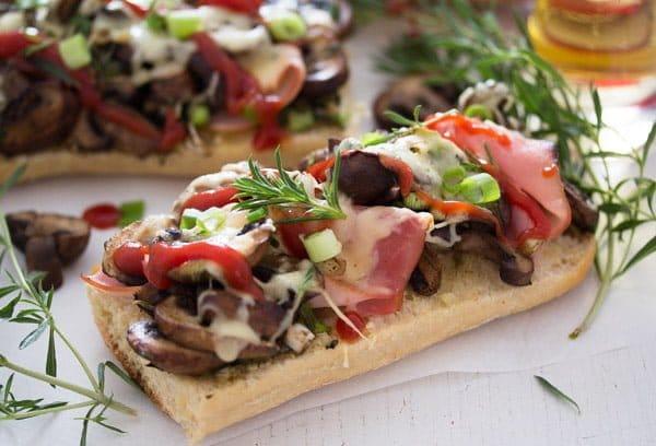 polish open sandwich 5 Zapiekanka   Toasted Mushroom and Cheese Sandwich – Polish Food