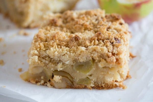 apple cake with streusel 10 Apple Crumble Cake with Sour Cream – German Apple Streusel Cake
