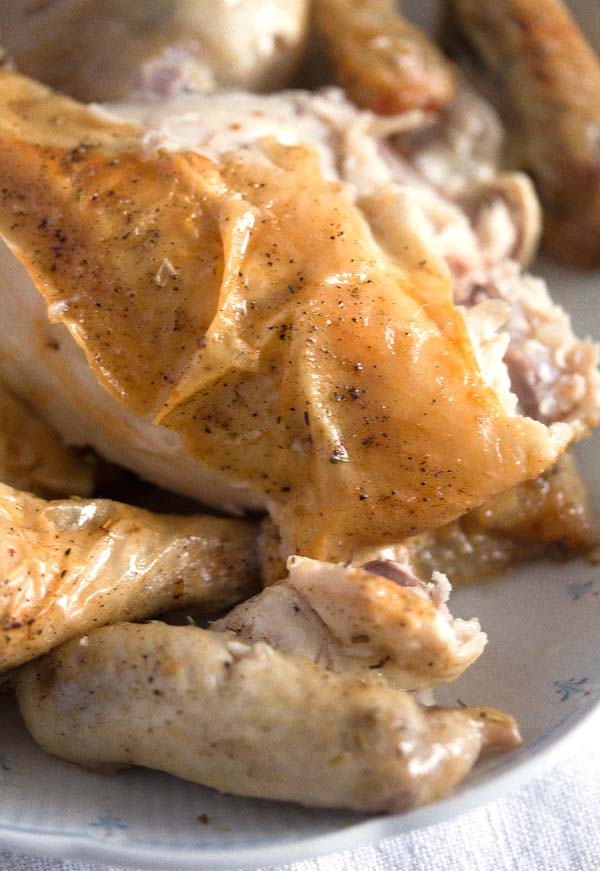 chicken with apples 7 Oven Roasted Whole Chicken with Apples and Rosemary