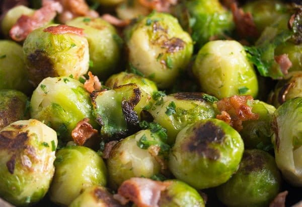 brussels sprouts garlic 8 Brussels Sprouts with Garlic and Bacon