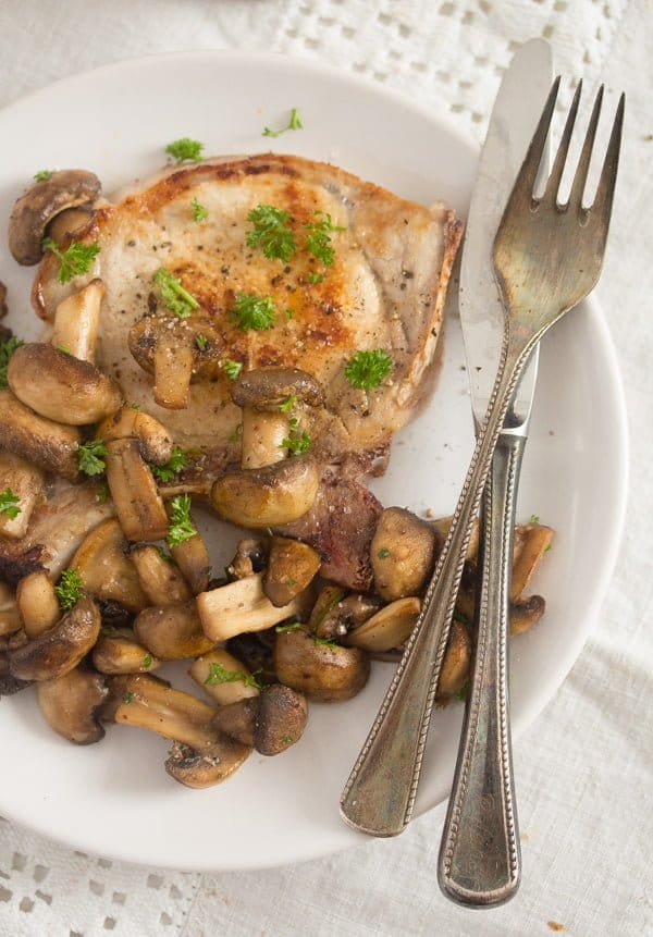 mushroom sauce for steak 7 Best Sauteed Mushrooms for Steak – with Garlic and Parsley