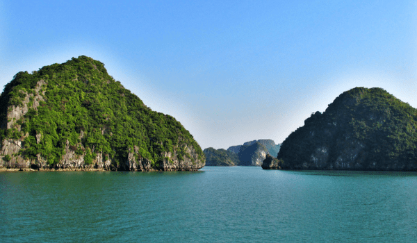 Adventures in Vietnam – From Halong Bay to Ninh Binh