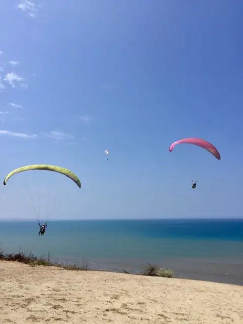 paragliders in Crucita, Ecuador