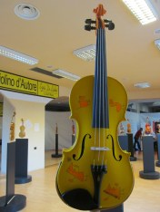 Violin decorated by Maurizio Deoriti, musician and composer