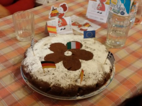 A simple chocolate cake for the ten years of Un Paese e cento storie