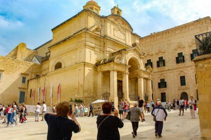 Touring Valletta, Malta