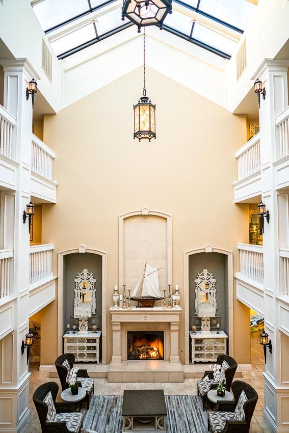 Grand hotel lobby in Oceano - Half Moon Bay Coastside CA