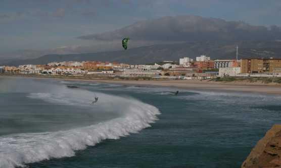 kite-surfing-tarifa-town-1-blog