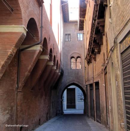 bologna - wherethefoodiesgo 12