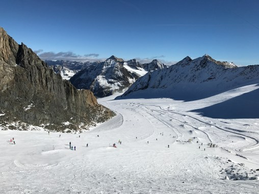 The main slope from the top of the Mittelbergbahn gondola, Pitztal