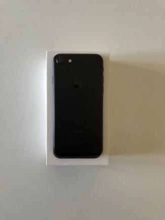 """IMG_0393 📱⌚️[À VENDRE] iPHONE 7 x APPLE WATCH 38"""""""