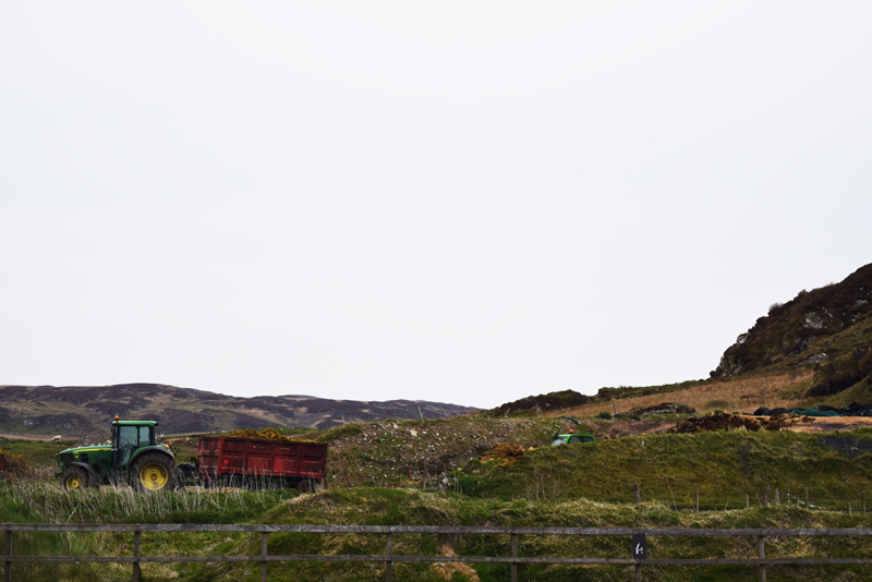 34-An-old-tractor-at-Kilchoman-Distillery-Birthplace-of-the-Land-Rover-Vehicle-Islay-Scotland