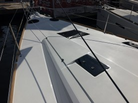 Jeanneau Sun Odyssey 44DS Foredeck