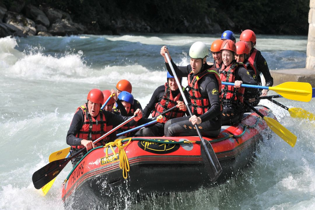 Extreme Adventures - White water Rafting at Zambezi - whileinafrica