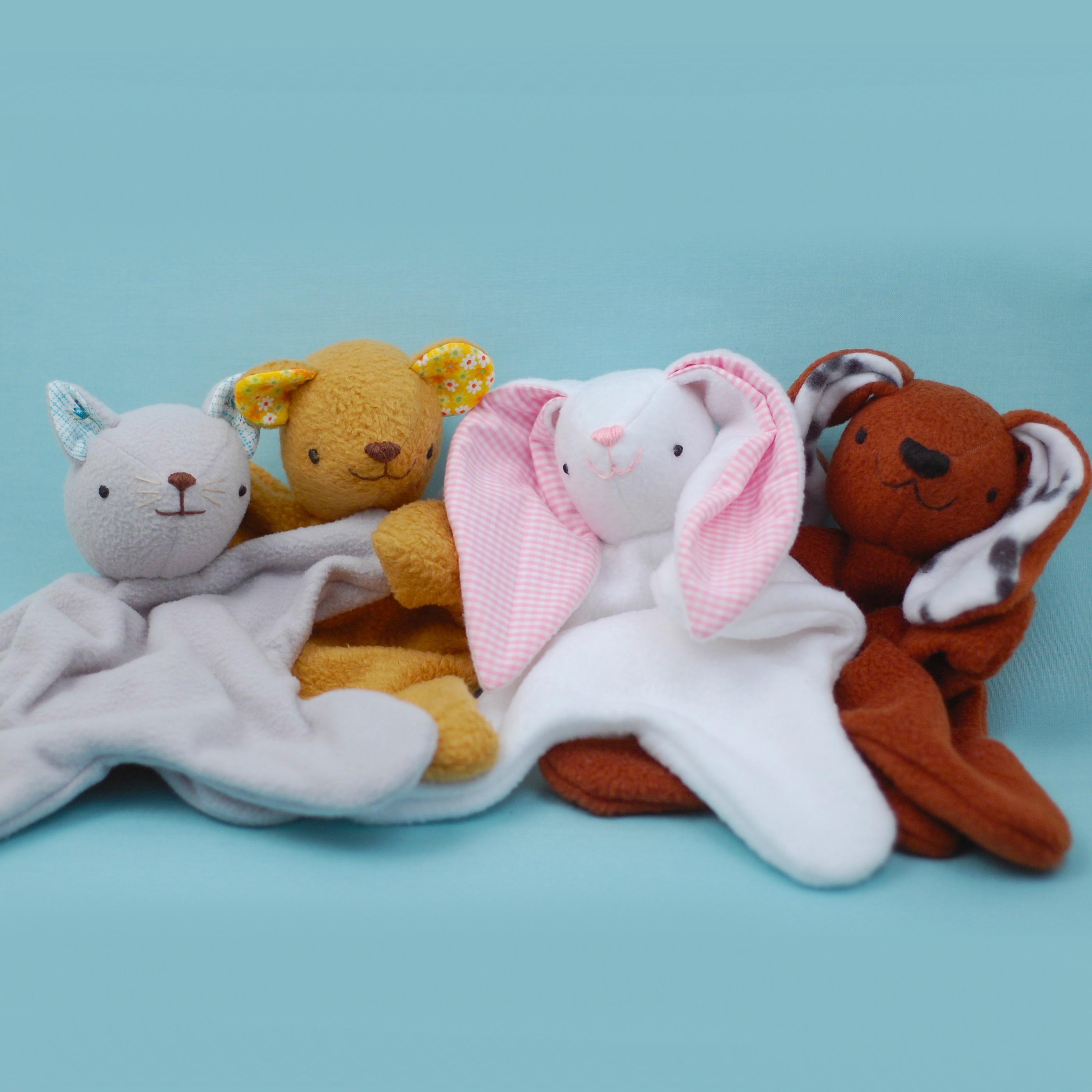 Sugar /'n Spice  : Vintage Pattern Boy or Girl Pillow or Play Bear Bear Wallhanging Lov/'n Stuff!