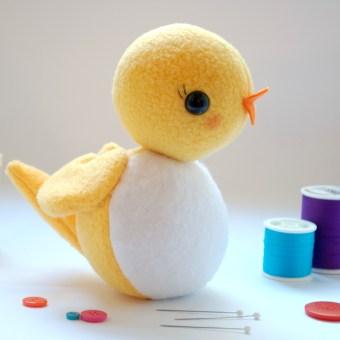Circle Bird: A Free Softie Pattern