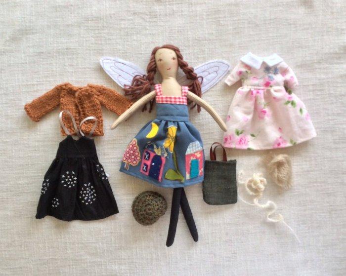 Dress up doll