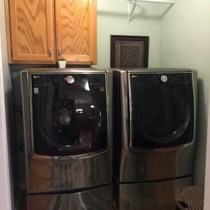 LG TWIN Wash & SideKick Pedestal Review!