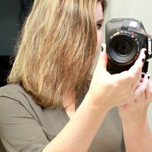 DAFNI Hair Straightening Brush: A Review