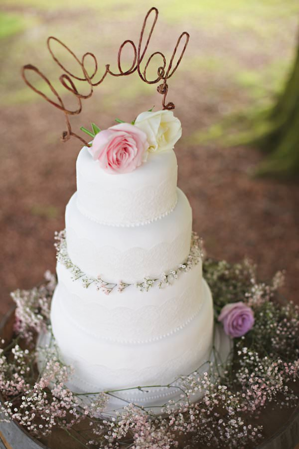 Pretty Pastel Romantic DIY Wedding Rustic Flowal Cake Metal Topper http://www.milkbottlephotography.co.uk/