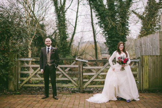 Magical Outdoorsy Cosy Barn Wedding http://www.weheartpictures.com/