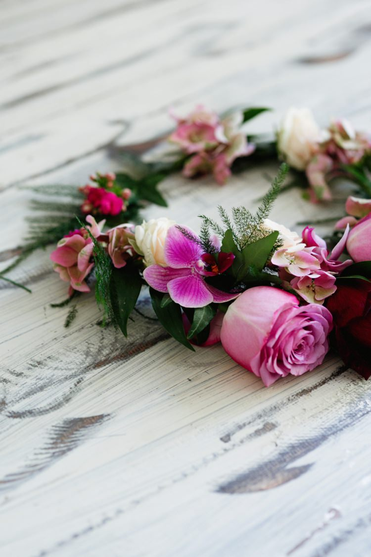 How To Make A Bold Amp Beautiful Bridal Flower Crown