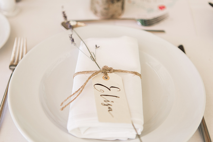 Calligraphy Twine Lavender Place Name Setting Luggage Tag Indie Hand Made Outdoor Woodland Wedding http://www.ilariapetrucci.co.uk/