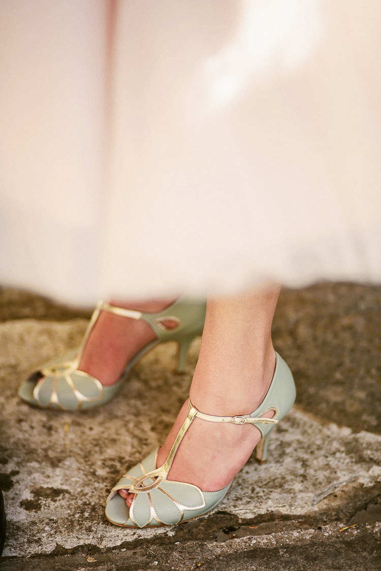 Green Shoes Bride Bridal Mint Gold Peep Toe T Bar Rachel Simpson Rustic Laid Back Tipi Wedding http://helenrussellphotography.co.uk/