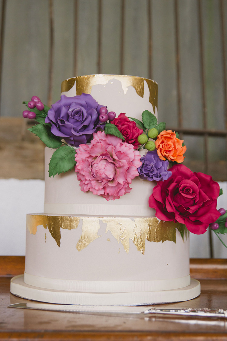 Metallic Gold Leaf Cake Flowers Floral Industrial Eco Bloom Wedding Ideas http://www.mywildrose.co.uk/