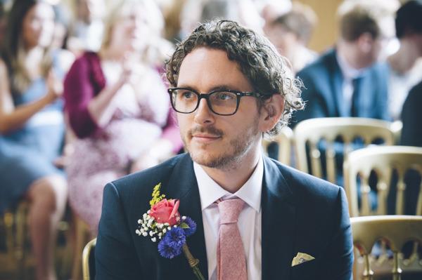 Bride Groom Wedding Glasses http://www.ilovestories.co.uk/