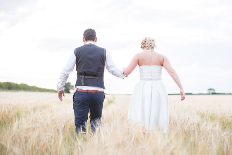 Family Farm Festival Wedding https://amylouphotography.co.uk/