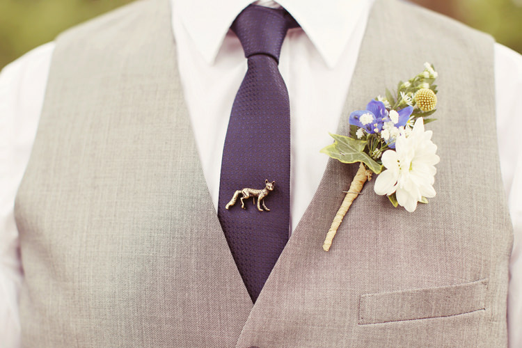 Buttonhole Groom Billy Ball Fox Pin Tie Mismatched Fairground Woodland Wedding http://www.rebeccaweddingphotography.co.uk/