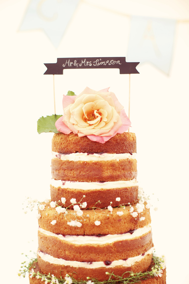 Blackboard Chalk Topper Cake Naked Sponge Flowers Mismatched Fairground Woodland Wedding http://www.rebeccaweddingphotography.co.uk/