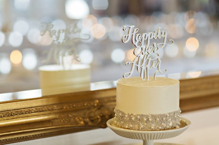 Wedding Cake Pearls Beads Happily Ever After Topper Gold Mirror Elegant Classic Outdoor Wedding Washington http://www.courtneybowlden.com/