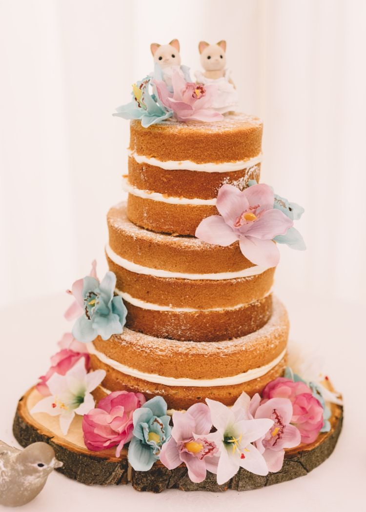 Naked Cake Sponge Layers Flowers Topper Boho Beer Festival Wedding http://www.emilysteve.com/