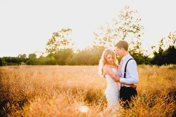 Classic Rustic Country Barn Wedding http://www.lisacarpenterphotos.com/