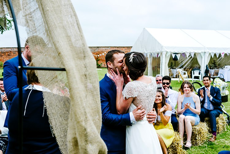 Rustic Relaxed Country Garden Wedding http://www.dmcclane.com/