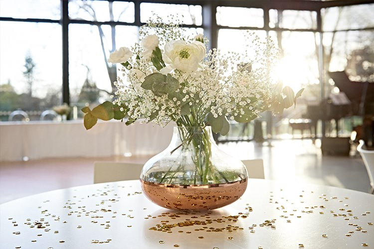 Rose Vase White Flowers Modern Mint Gold Grey City Wedding http://www.studiocano.co.uk/