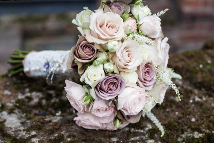Dusky Pink Bouquet Flowers Bride Bridal Roses Cosy Winter Barn Wedding http://kerryannduffy.com/