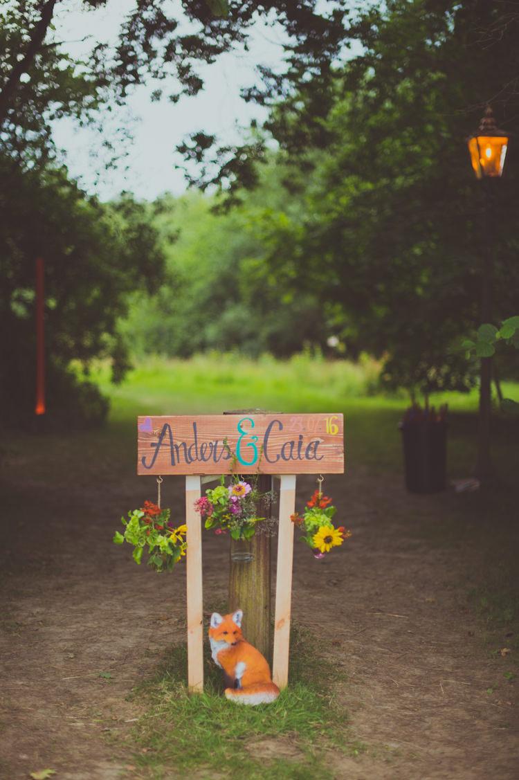 Painted Sign Fox Flowers Wooden Colourful Woodland Humanist Wedding http://sashaweddings.co.uk/