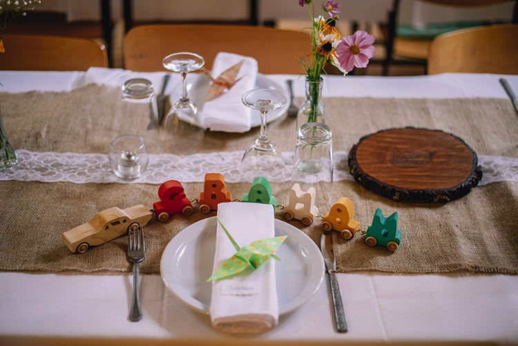 Reception Table Setting Wooden Name Car Origami Crane Fresh Florals Glass Tree Slice Hessian Lace Table Runner Woodland Waterfall Mint Wedding Ontario http://www.laurenmccormickphotography.com/