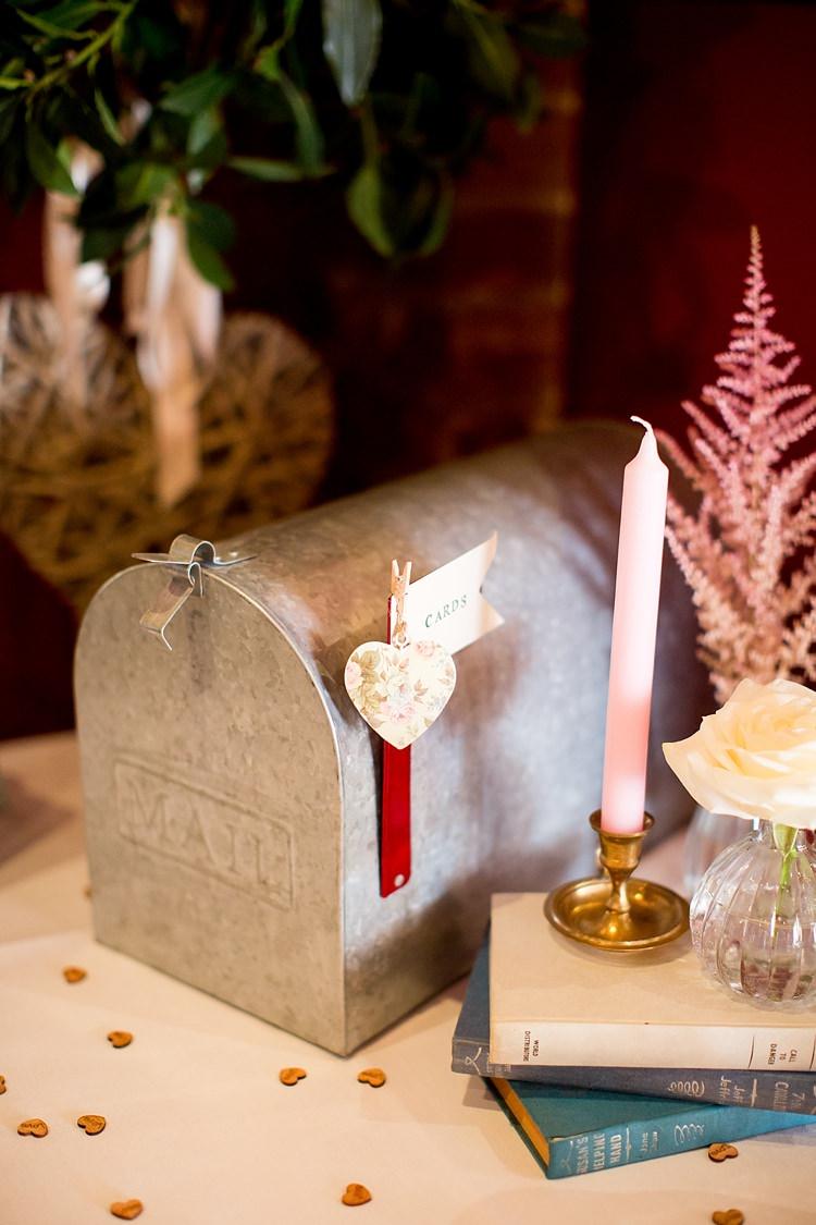 Card Mail Box Holder Romantic Summer Country Blush Wedding http://katherineashdown.co.uk/
