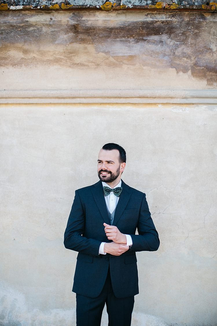 Groom Charcoal Pinstripe Suit Grey Vest Green Patterned Bowtie Rustic Chic Greenery Wedding Ideas in Tuscany http://www.tastino0.it/