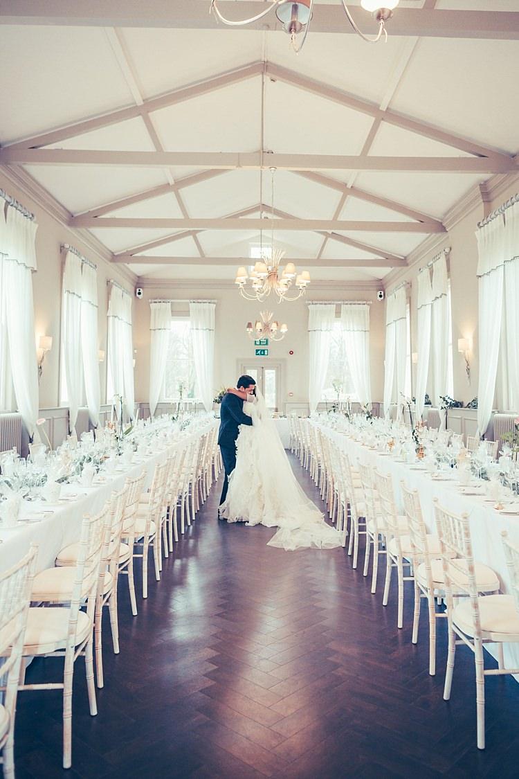 Fun Stylish City Hall Wedding http://www.terryliphotography.co.uk/